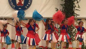 Prio1_Mini-Tanzgruppe